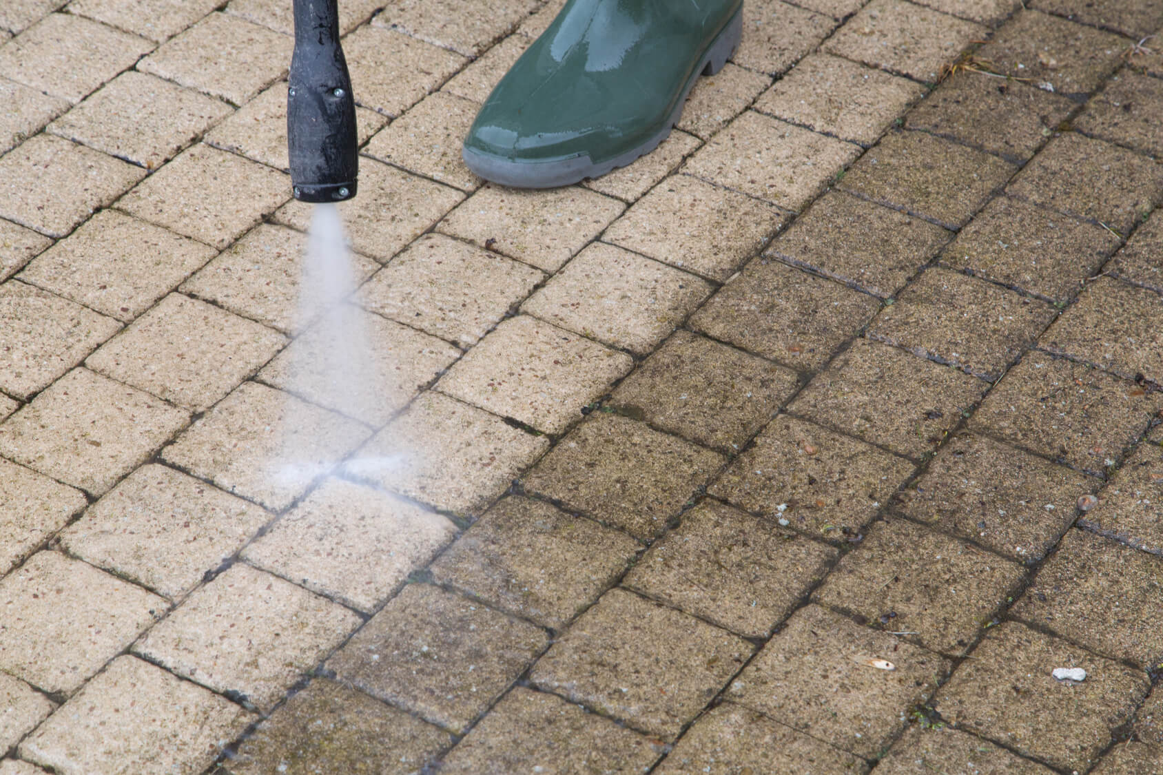 Pressure washing patio tile